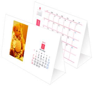 シンプルな三角卓上カレンダー